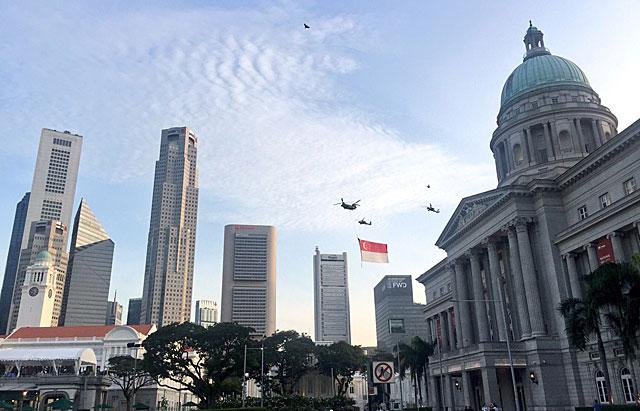 ナショナルデーパレード シンガポール